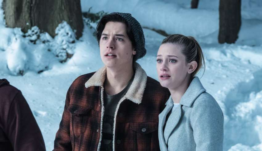 Riverdale Season 2 Betty To Save Relationship With Jughead