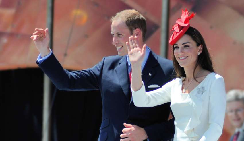 royal family bloodline grows kate middleton is pregnant