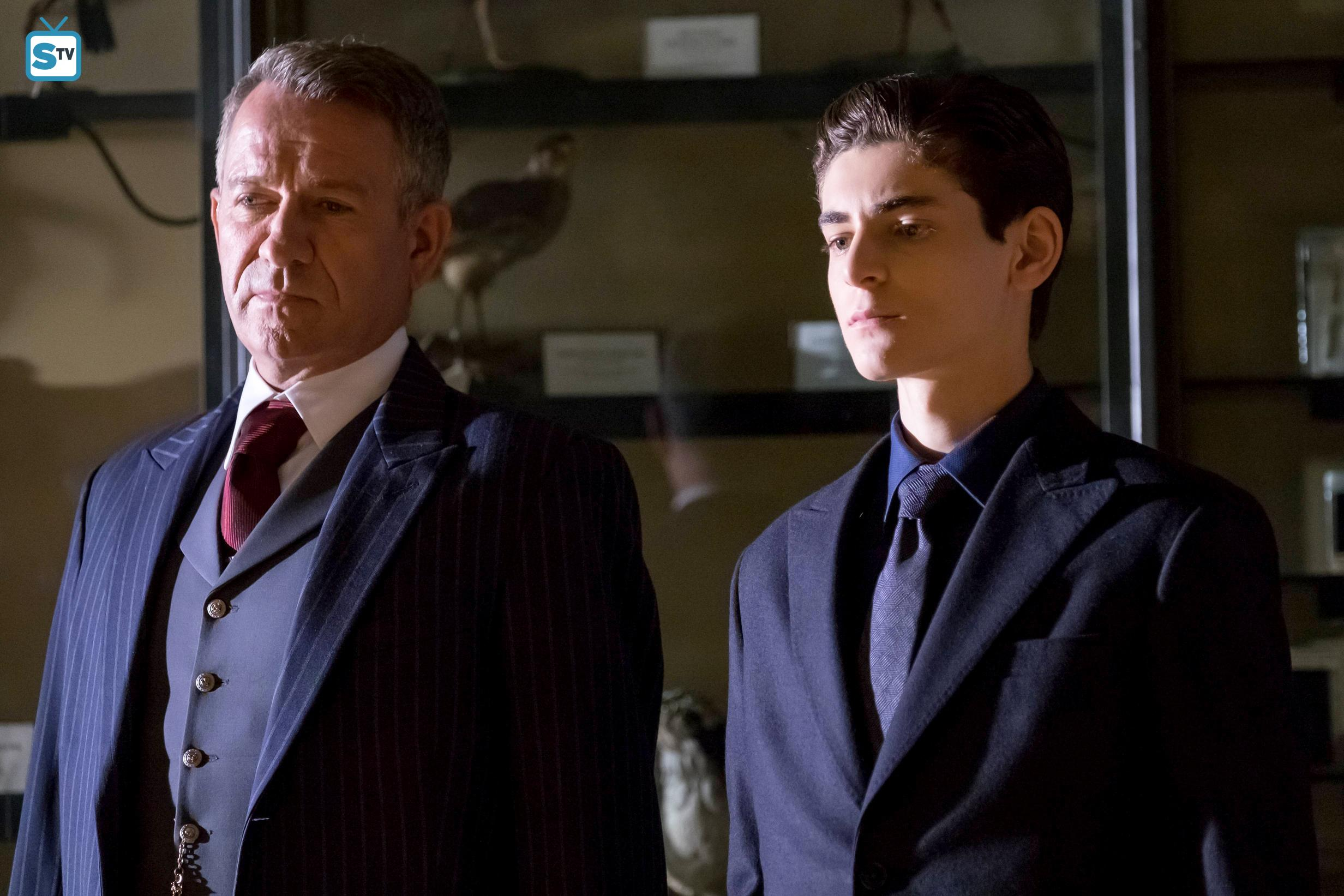 Gotham season 4 episode 4 the demons head recap review sean pertwee and david mazouz in the a dark knight the demons head ccuart Image collections