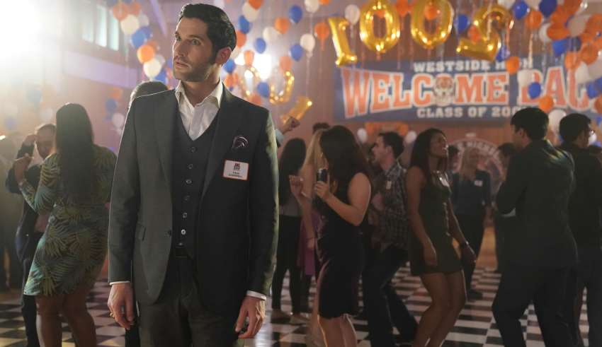 Lucifer Season 3 Episode 15 High School Poppycock Recap The Murder That The Devil Wrote